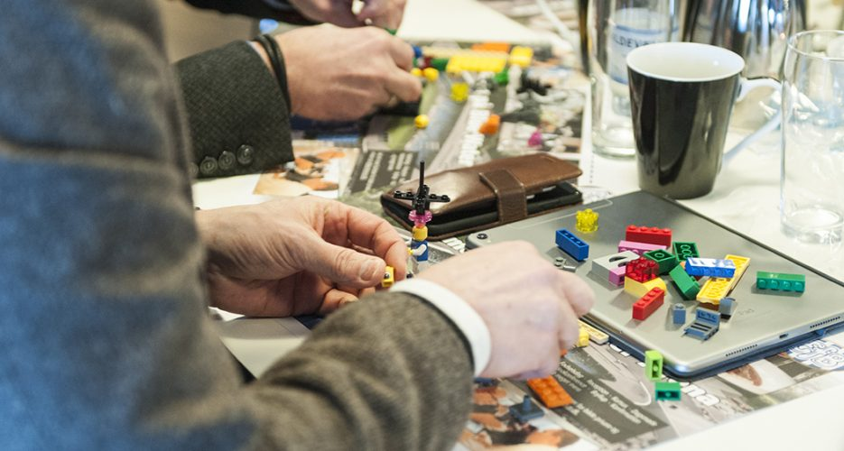 Kickoff February 2018 participants playing with LEGO blocks